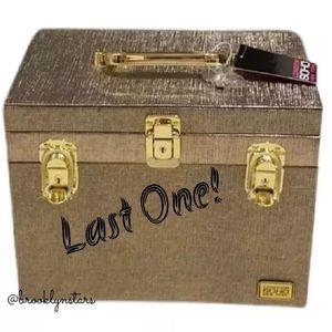 London Soho New York Beauty Case with draw…
